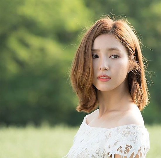 Shin Se Kyung va kieu nu Kpop Krystal lam tinh dich trong phim moi hinh anh 2