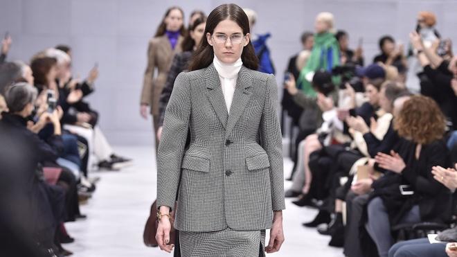 Thoi trang Haute Couture: Bieu tuong cua su xa xi va dang cap hinh anh 4