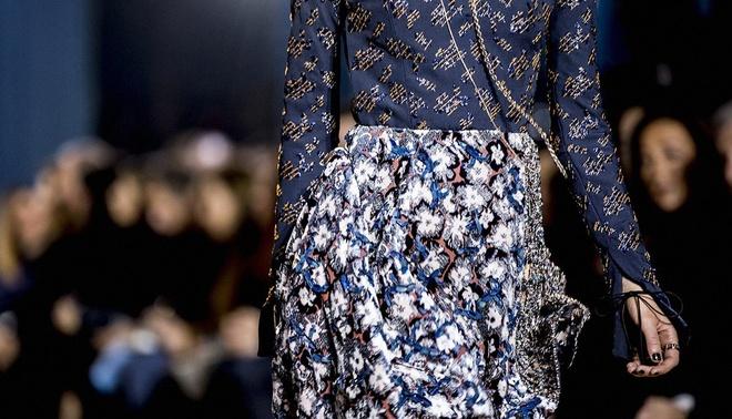 Thoi trang Haute Couture: Bieu tuong cua su xa xi va dang cap hinh anh 3