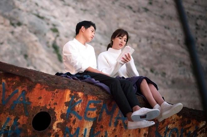 Song Hye Kyo – Song Joong Ki: moi tinh chi em gay sot lang giai tri Han anh 3