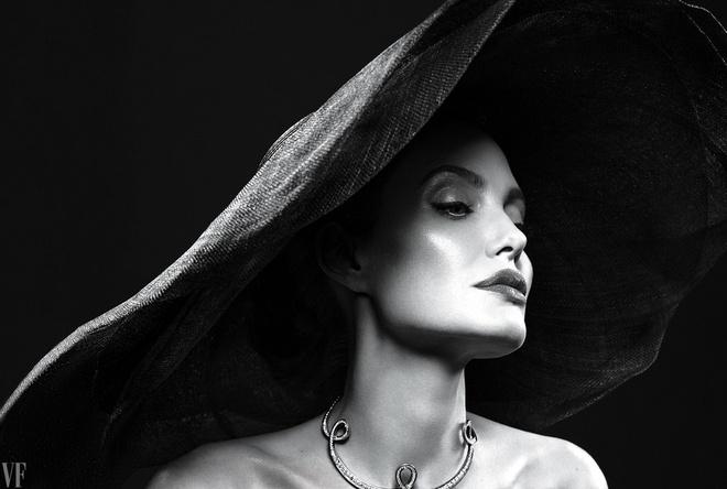Angelina Jolie dep sac sao trong bo anh moi hinh anh 6