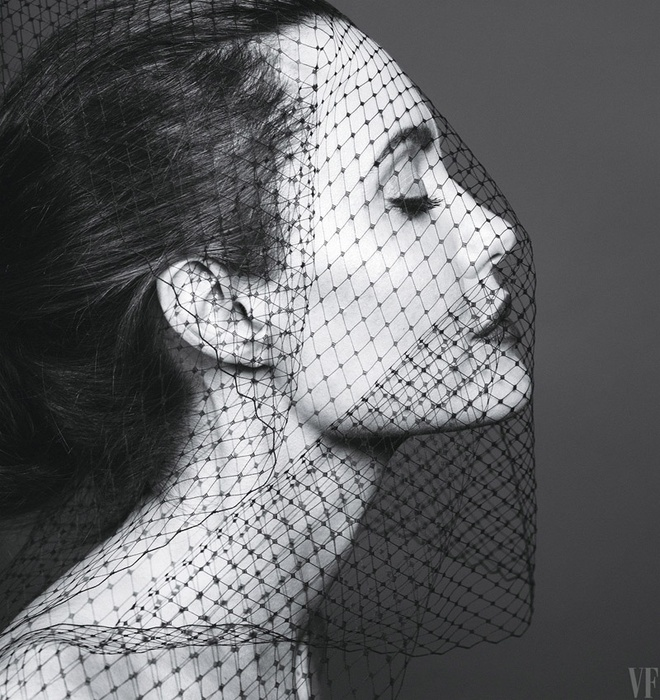 Angelina Jolie dep sac sao trong bo anh moi hinh anh 4