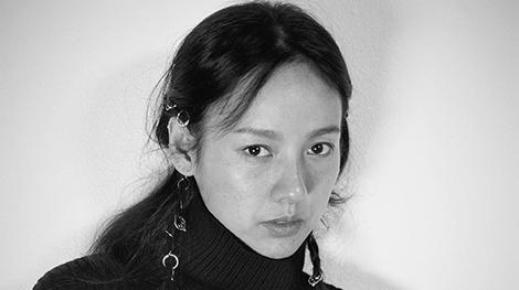 Lee Hyori tu tin khoe mat moc tren tap chi hinh anh