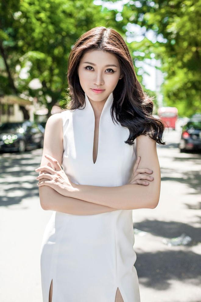 Quynh Chau: 'Hoang Thuy, Mau Thuy la doi thu manh nhat o HHHV' hinh anh 2