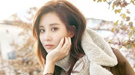 Seo Hyun khang dinh di con duong rieng sau khi roi SNSD hinh anh