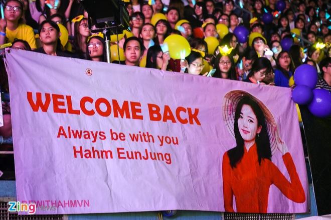 T-Ara, TEEN TOP cung Soobin Hoang Son hoi tu tren san khau hinh anh 7
