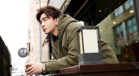 Chi Dan chua ra mat MV da lot Top 10 #zingchart hinh anh
