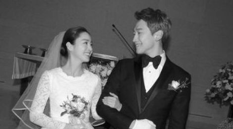 Fan showbiz Han ngong cho Dispatch 'lat tay' cap doi moi ngay 1/1 hinh anh
