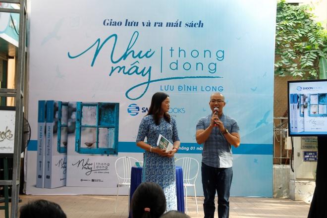 Tac gia Luu Dinh Long khuyen ban doc tro ve voi chinh minh hinh anh 1