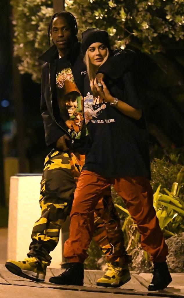 Kylie Jenner tung video sinh con sau 9 thang giau kin hinh anh 3