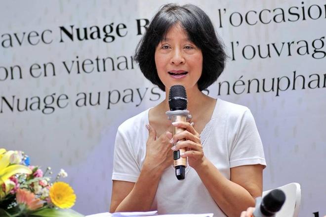 Nha Van Nuage Rose: 'Voi Toi Ngay Tet Luon Mang Mau Cua Hanh Phuc