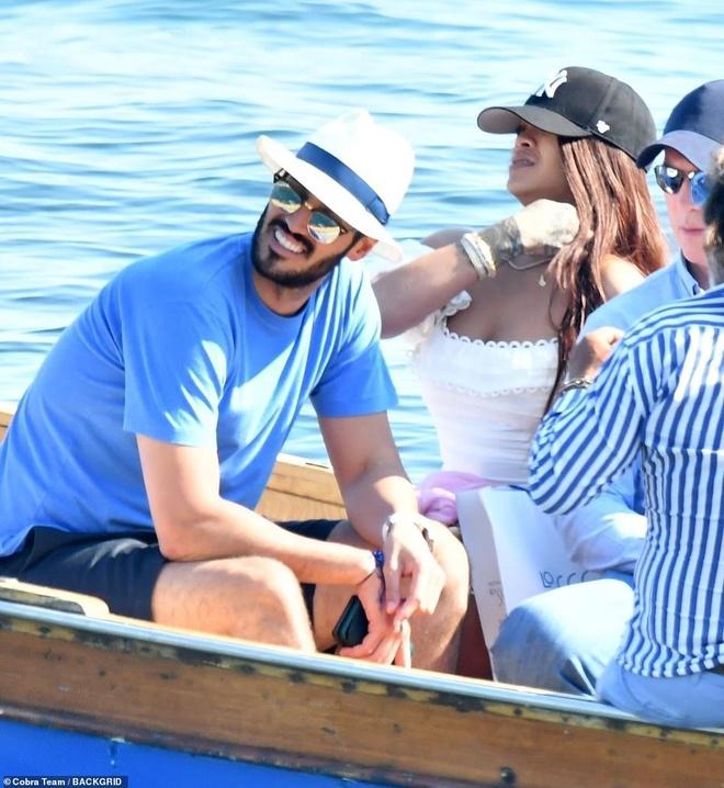 Rihanna va ban trai ty phu tinh tu khi nghi duong o Italy hinh anh 6