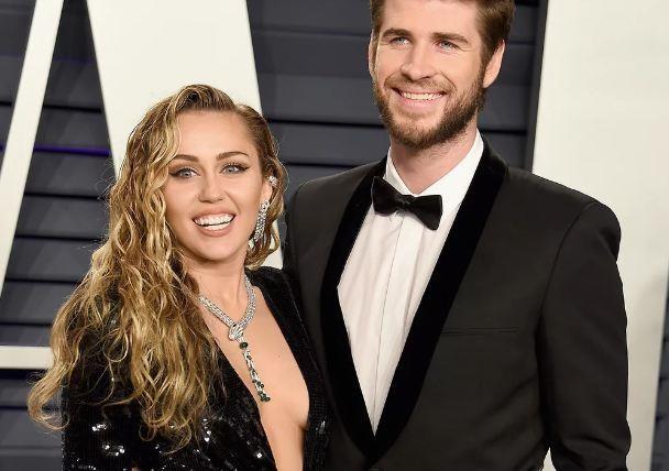 Miley Cyrus dang anh luc moi yeu Hemsworth, phu nhan hon nhan ran nut hinh anh 1