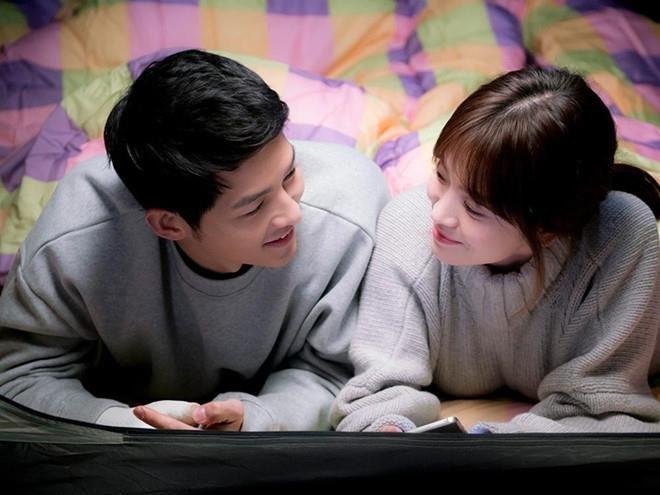Song Joong Ki va Song Hye Kyo ly hon anh 2
