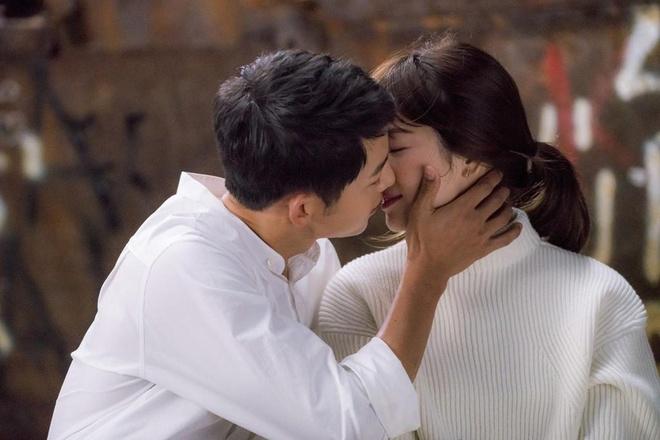 Song Joong Ki de don ly hon, khong thong bao cho Song Hye Kyo hinh anh 2