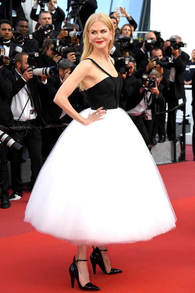 Nicole Kidman hon chong kem tuoi anh 5