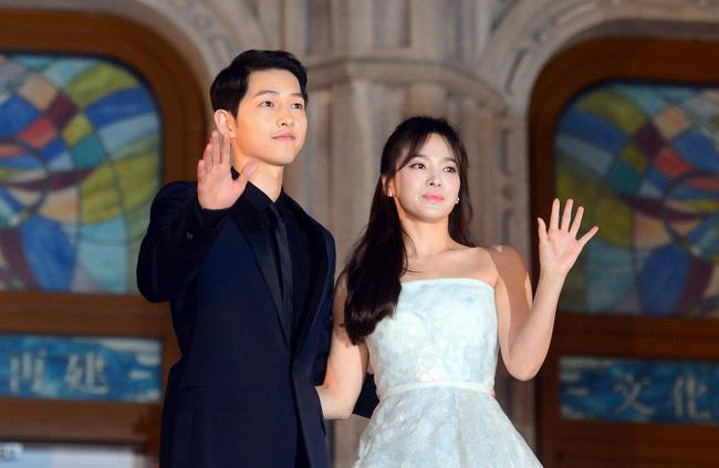 Vu xu ly hon cua Song Hye Kyo va Song Joong Ki dien ra trong 5 phut hinh anh 1