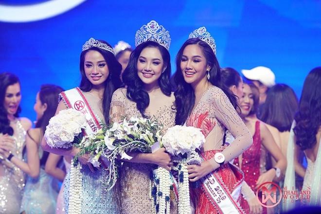 Nhan sac 9X Thai Lan la doi thu cua Luong Thuy Linh o Miss World 2019 hinh anh 1
