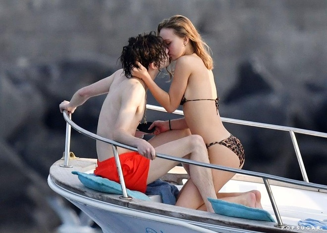 tai tu Timothee Chalamet hon con gai Johnny Depp anh 2