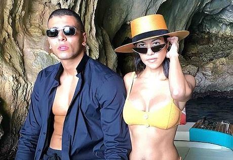 Chi gai cua Kim Kardashian quay lai voi tinh cu kem 14 tuoi hinh anh 2