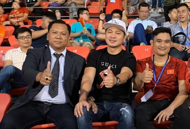 Ngoc Son, Lam Vu den san Thong Nhat co vu U22 Viet Nam hinh anh 2