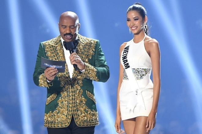 Khan gia tiec khi xem diem cua Hoang Thuy, H'Hen Nie o Miss Universe hinh anh 1
