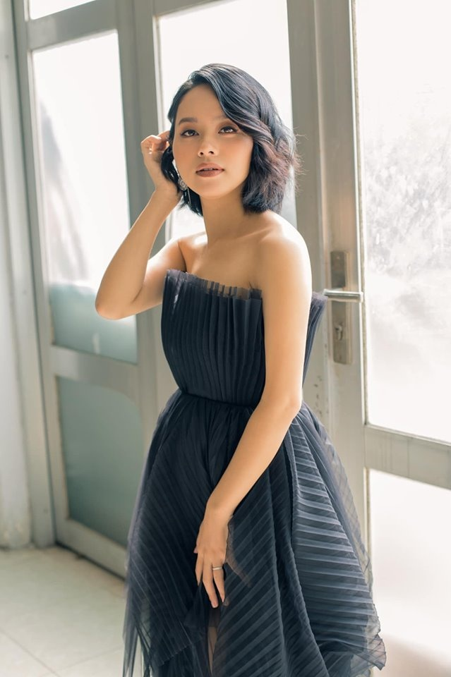 Top 6 Vietnam Idol 2012 – nguoi noi tieng, nguoi ve que chan lon hinh anh 7 hoangquyen.jpg