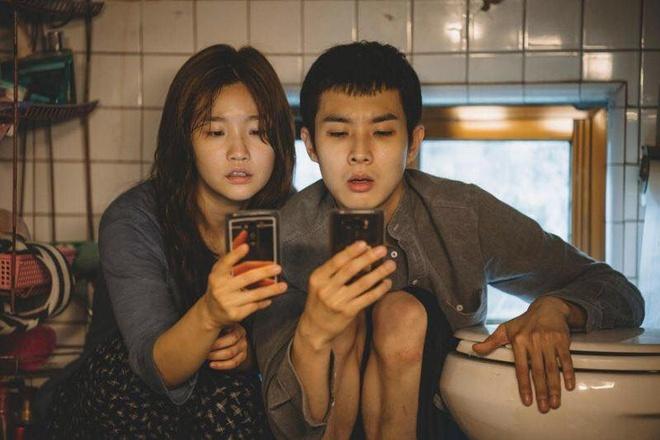 Hang hang khong Han Quoc tu choi chieu 'Ky sinh trung' vi canh nong hinh anh 1 phim.jpg