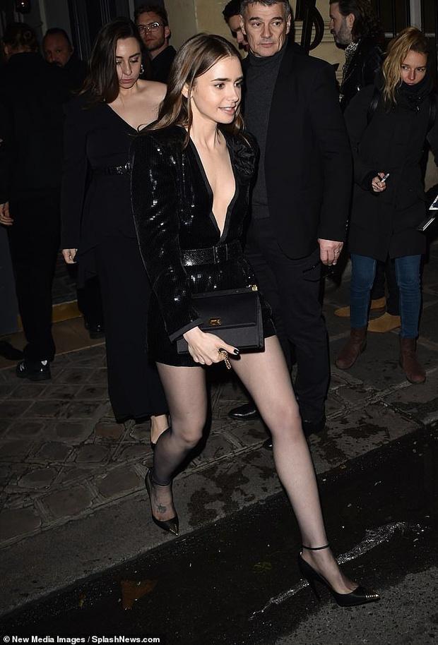 Hailey Bieber duoc khen goi cam o Paris Fashion Week hinh anh 7 vong8.jpg