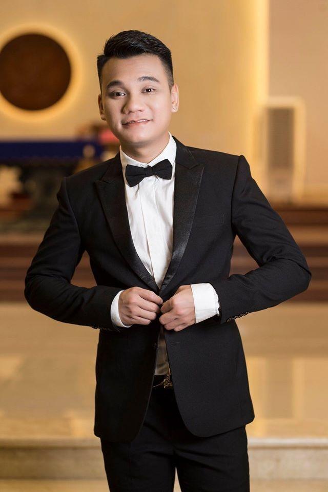 Khac Viet hoan show, Hong Van dong cua san khau lan thu ba vi Covid-19 hinh anh 2 ca2.jpg