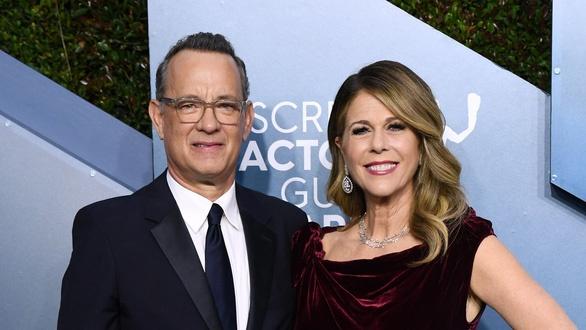 Dan sao Hollywood dong vien vo chong Tom Hanks hinh anh 1 tom_1_15839770132861560215921.jpg