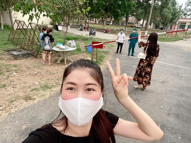 thuy anh di cach ly anh 1