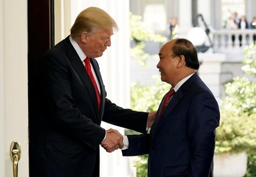 Tong thong Donald Trump tiep Thu tuong Nguyen Xuan Phuc hinh anh