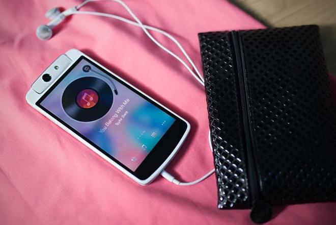 Oppo N1 mini - smartphone cho ban gai nang dong hinh anh