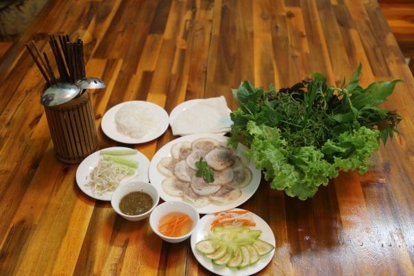 Dac san Trang Bang Hoang Ty tai Ha Noi hinh anh