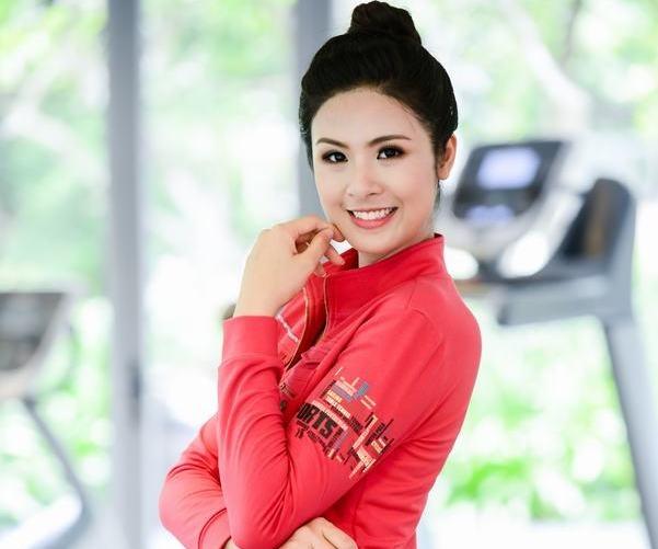 Thoi trang the thao thu - dong 2014 cua Hoa hau Ngoc Han hinh anh