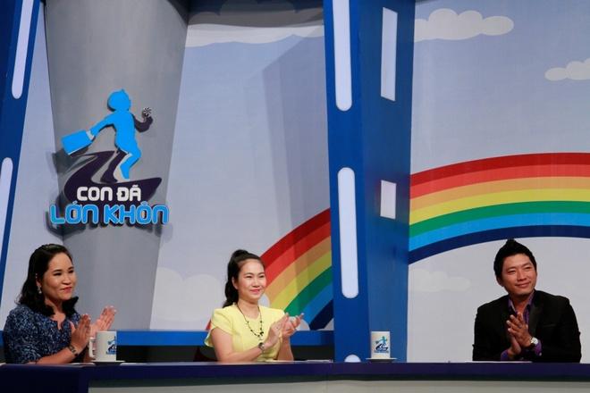 MC Thanh Thao cuoi nghieng nga trong 'Con da lon khon' hinh anh