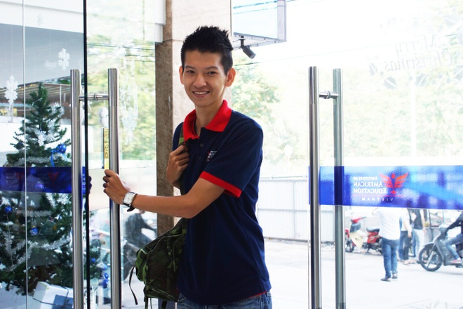 Chang linh bien phong Vu Phuc Khang va 3 mau ao dac biet hinh anh