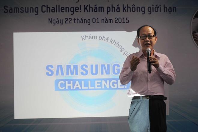Video cha con gay xuc dong gianh giai di Han Quoc hinh anh 12 Nhà báo công nghệ thông tin Phạm Hồng Phước đánh giá cao ý tưởng của các bài dự thi. Ông lạc quan rằng giới trẻ đang tiếp cận và sử dụng các thiết bị công nghệ thông tin một cách rất thông minh và sáng tạo.