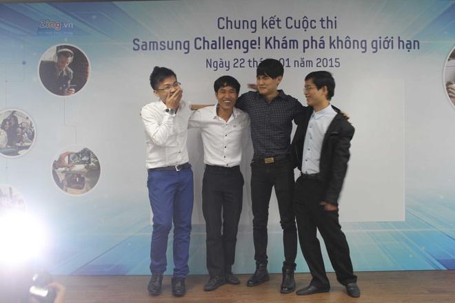 Video cha con gay xuc dong gianh giai di Han Quoc hinh anh 14 Giây phút 4 thí sinh chờ đón kết quả của Ban Giám khảo.