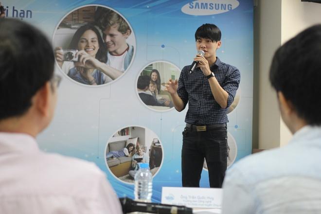 Video cha con gay xuc dong gianh giai di Han Quoc hinh anh 7 Lê Quang Dũng đến từ Hà Nội đem đến cho buổi chung kết bài thuyết trình rất nhẹ nhàng về