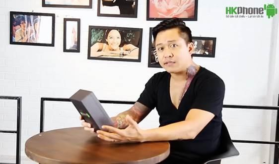 """Tuan Hung 'dap hop' Racer HERO hinh anh 1 Chiếc Racer HERO được ca sĩ Tuấn Hưng đích thân """"đập hộp"""" đầu tiên."""