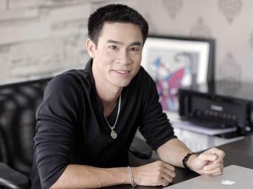 Nguyen Phong Viet: 'Khong de lo lang lam mat niem vui Tet' hinh anh