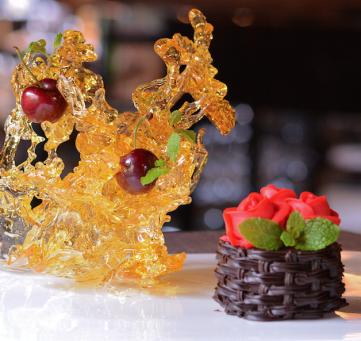 Nha hang The Log - diem den ly tuong cho le Tinh nhan hinh anh 9 Bánh chocolate Red Velvet.
