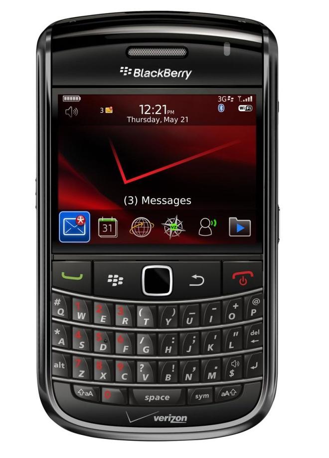 Blackberry 9650: San pham dang mua tam gia duoi 2 trieu dong hinh anh 1