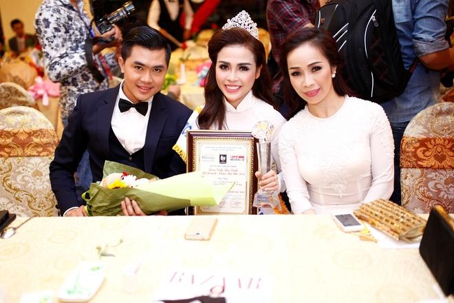 Ma Dao Ngoc Bich - Hoa khoi Doanh nhan tai sac 2014 hinh anh
