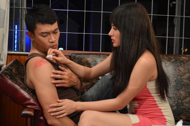 Binh Minh tai xuat voi phim hinh su 'Tieng cu dem' hinh anh 3