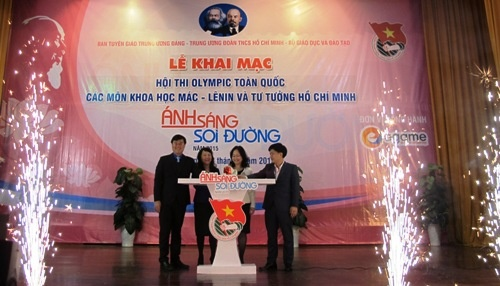 'Anh sang soi duong' khoi nguon cam hung cho sinh vien hinh anh 1 Lễ khai mạc Hội thi Olympic Khoa học Mác - Lênin và Tư tưởng HCM.