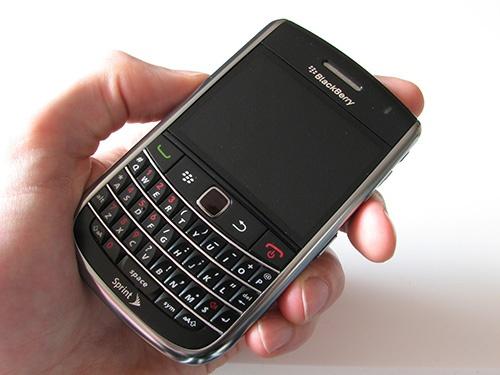 BlackBerry van hut nguoi sanh cong nghe hinh anh