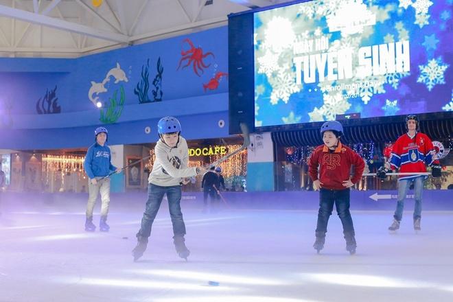 Vinpearlland Ice Rink to chuc ngay hoi tuyen sinh lan 2 hinh anh 1